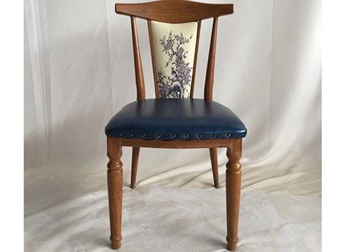 宝蓝色仿木椅