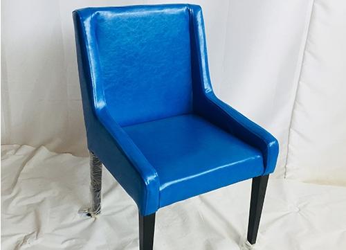 宝蓝色软包椅